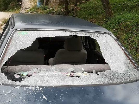 Priboj Slika 1 Demoliran Automobil Policijskog Sluzbenika U Priboju Foto A.rovcanin
