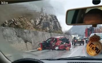 Screenshot 2019 11 12 Troje Povrijeđenih U Saobraćajnoj Nesreći Na Putu Sarajevo Pale
