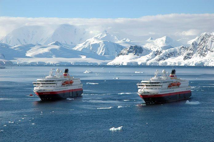 Norwegian Tourist Ship Nordkapp Stranded In Front Of The Spanish Base Of Gabriel De Castilla