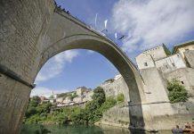 Održani 454. Tradicionalni Skokovi Sa Starog Mosta U Mostaru